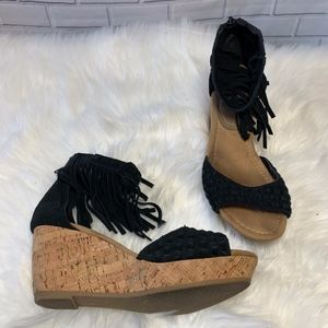 Minnetonka Fringed Black Suede Wedge Sandals Sz 7